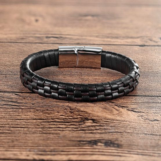 Quatar Handmade Genuine Leather Bracelet With Stainless Steel Magnetic Buckle